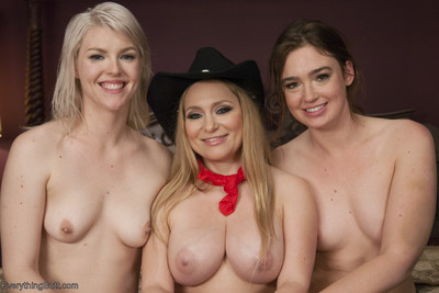 Aiden starr has come to do business with jodi taylor and ella nova. she