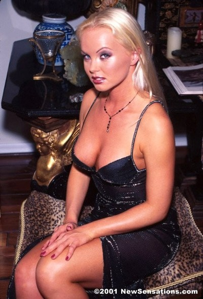 Blonde pornstar silvia saint and horny as hell wish haired man f