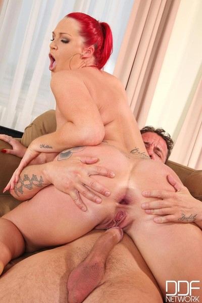Pride hungry curvy vixen gets fucked right into an asshole