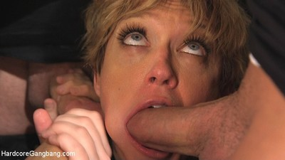 Melodious milf lollipop gets team-banged