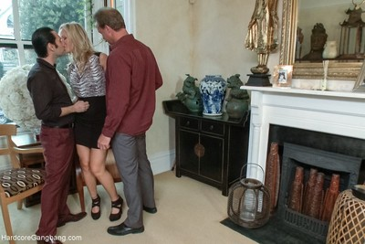 The swapper party - horny milf