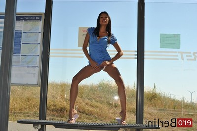 Eroberlin-kim-davon-no-ferry-to-rotterdam-philippines-topmodel