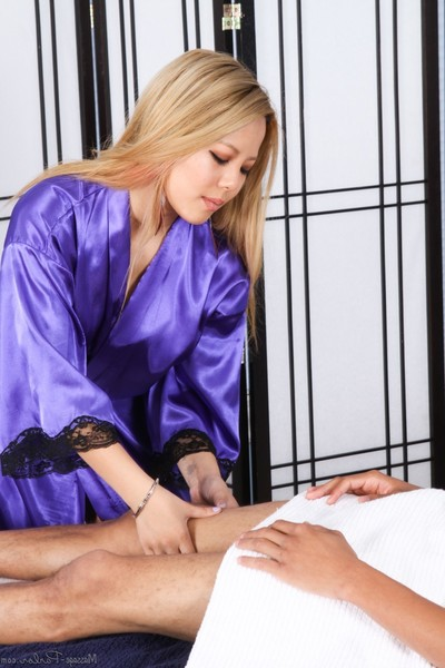 Hardcore massage with glamour beauties