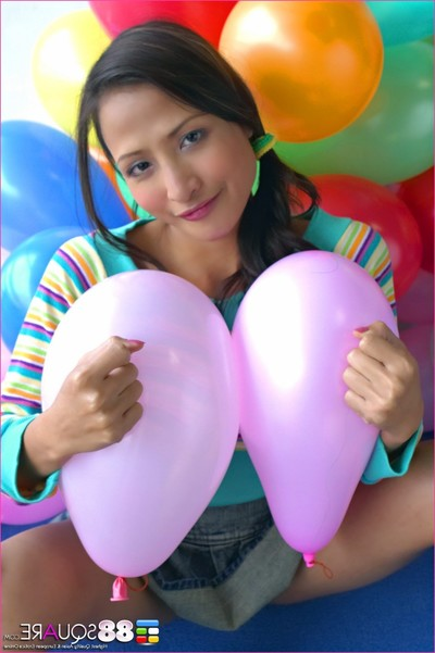 Teaza tsing gains nasty with balloons