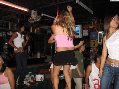 Adolescent pair astonishingly a thai bargirl