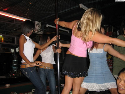 Adolescent pair astonishingly a thai bargirl