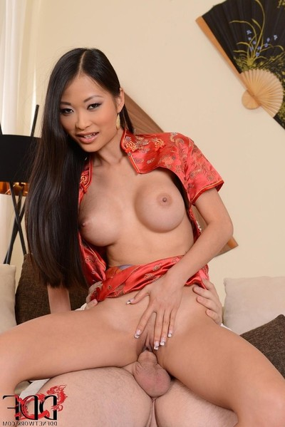 Snatch kat asian princess slides a beef in her anus