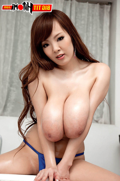 Oriental hitomi tanaka soaps and showers her appealing bod and severe breasts