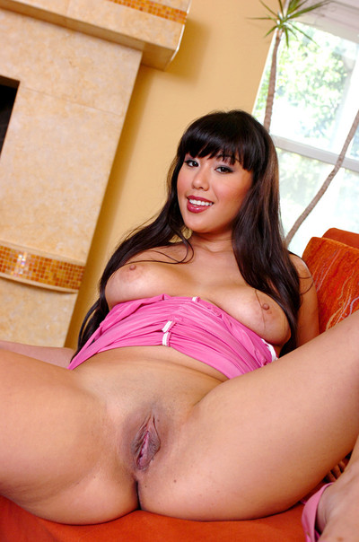 Avena lee undresses from her untamed pink clothing
