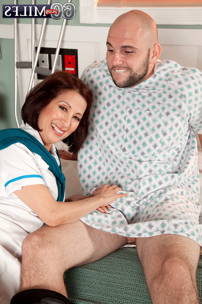 Eastern ready nurse humps with her submissive