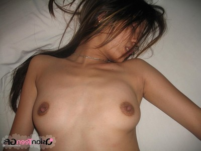Farang screwed Chinese amateur babe keen to her miniscule moist uterus