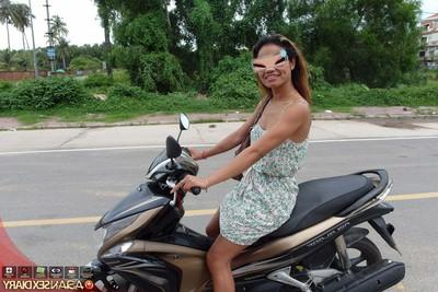 Wild darling riding bike posterior rides white schlong in hotel