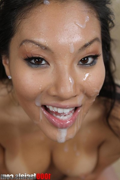 Japanese pornstar oral play
