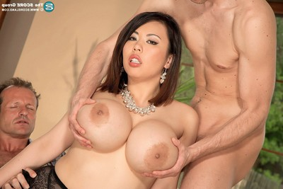 Rounded Japanese pornstar tigerr benson twofold screwed in threesom
