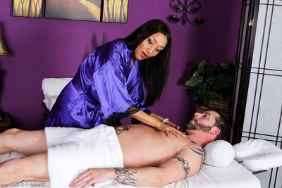 Hardcore massage with glamour cuties