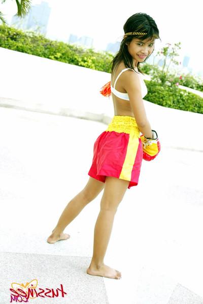 Thai amateur babe boxer