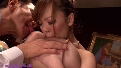 Brute love melons porn star hitomi tanaka owned by the boss at the o