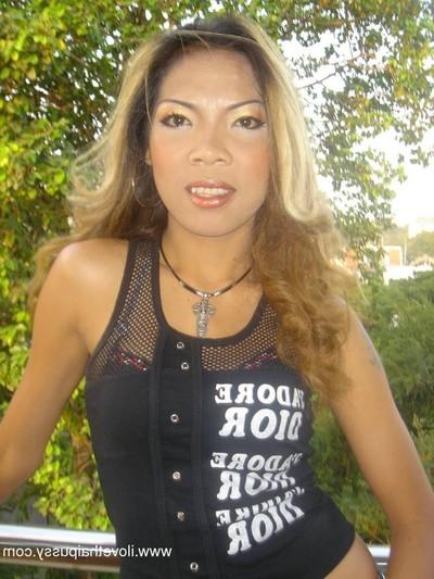 Damp disco bargirl bonked bareback by wild copulation tourist