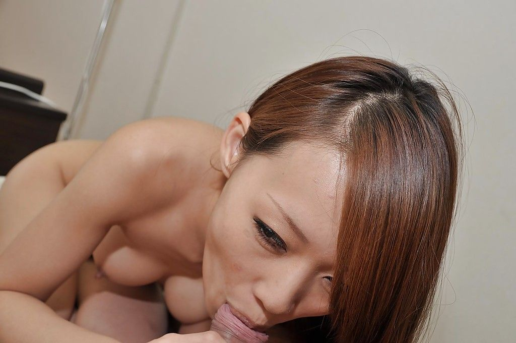Chinese nice-looking gives a fleshly oral play and receives her shiny on top cage of love boned-up