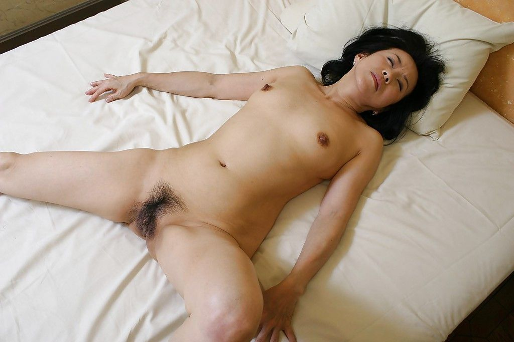 Lusty Chinese MILF Junko Sakashita has some gentile fingering and fucking getting pleasure