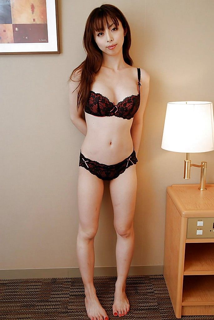 Charming Chinese MILF Natsuki Mishima uncovering her amazingly sexual changes direction
