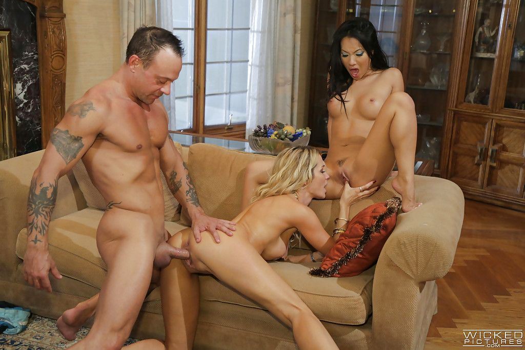 Interracial MILF pornstars Asa Akira and Jessica Drake charming cock juice on tongue