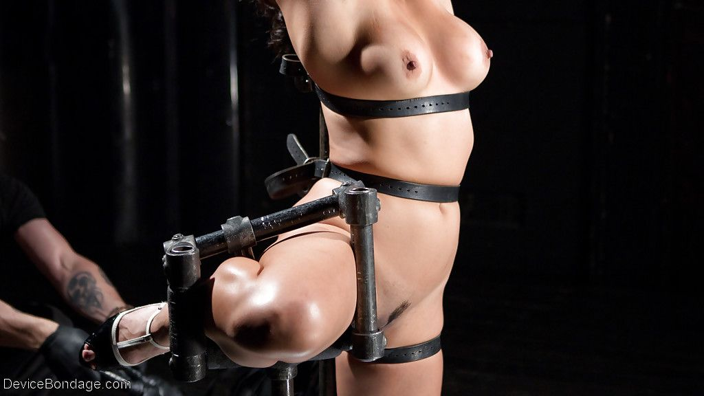 Non-traditional Oriental subjection doll Mia Li savoury hardcore caning blindfolded