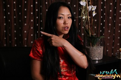 Elegant eastern queen kaiya lynn likes erotic massage