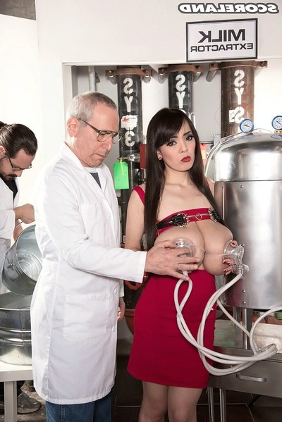 Lactation porn fotos with massive titted eastern hitomi tanaka
