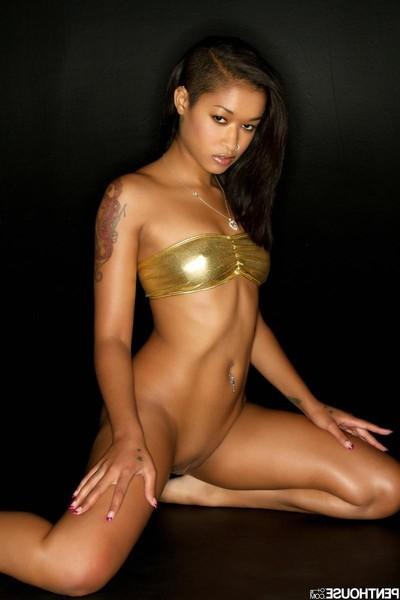 Skin diamond stunning angel in gold