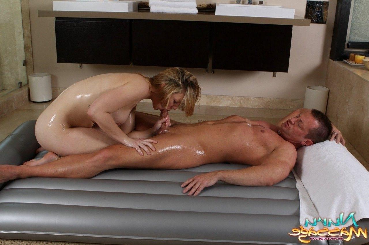 Смотреть порно как мать делает массаж, Порно Массаж -видео. Смотреть порно онлайн! 18 фотография
