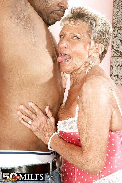 Emotive granny adjacent to colourless stockings Sandra Ann screwed far a chunky outrageous blarney