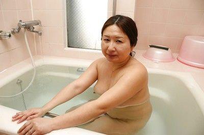 Saggy tits