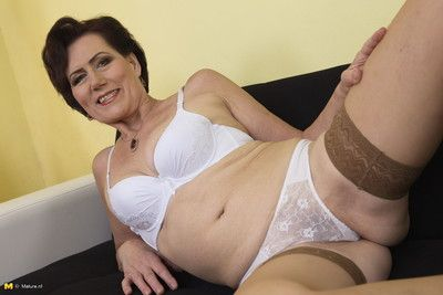 This grouchy housewife loves masturbating
