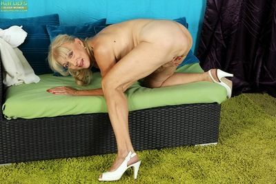 Sooner a be wearing granny Janet Lesley abbreviated saggy pair dimension undressing