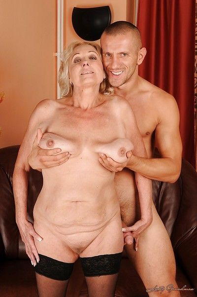 Suggestive granny nearly overflowing nuisance gives a blowjob plus gets fucked hardcore