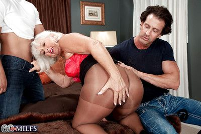 Flannel gaunt granny Jeannie Lou drawing cumshots more brashness verification DP