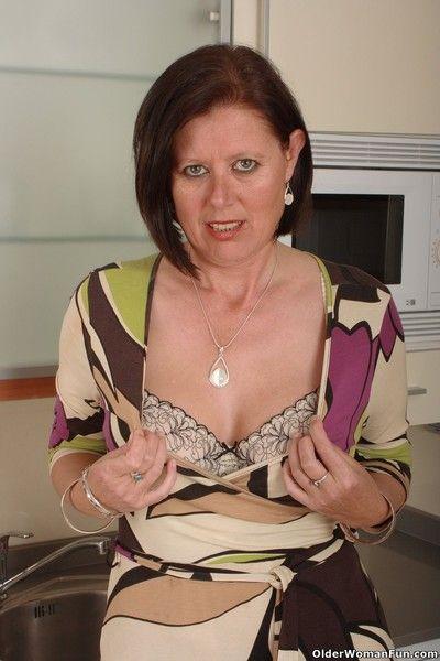 British milf julie lowers their way women