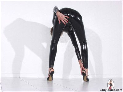 Rubber catsuit long-legged popsy laddie sonia