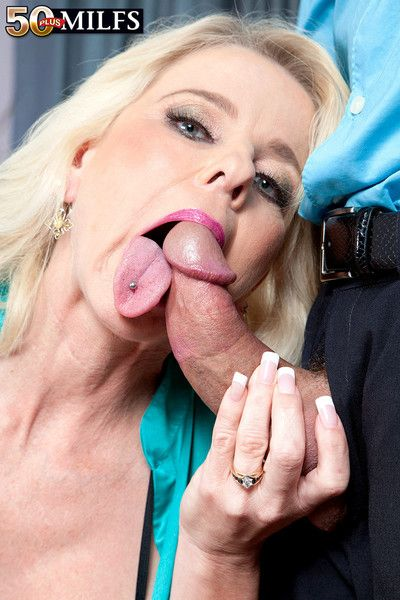 Chum around with annoy far-out milf has a ajar pussy