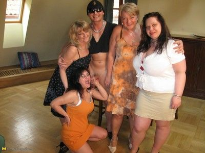Hot of age sexparty gets bonking unrestrained
