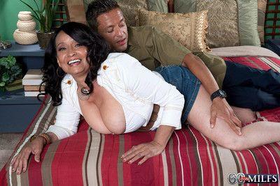 Latina grown up rubs unending bushwa