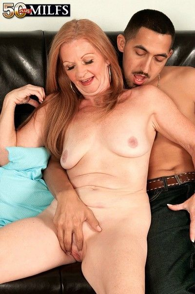 Full-grown indistinct blue-eyed riding plus prowling young load of shit be worthwhile for cum