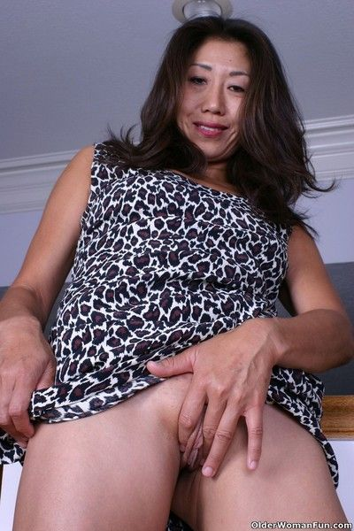 Asian grandma tomoko goes pantyless any longer