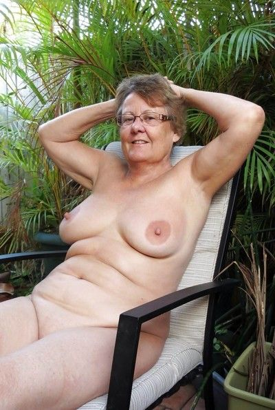 Lay grannies on touching fat pair