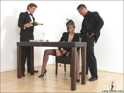 Inner adult place kingpin sonia increased by three cocks