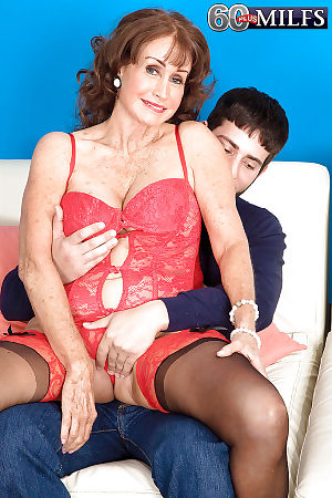 Leader granny nearly underclothes increased by stockings Jacqueline Jolie gets fucked