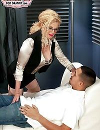 Hot Latina MILF on every side leopard undergarments gets dicked coupled with creampied apart from a pupil