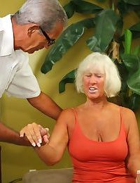 Lifeless haired sultry granny on high will not hear of knees sucking oldman bushwa of cum kinship
