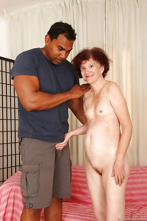 Insidious panhandler is going to bed slutty redhead Marcelina on touching will not hear of shaved pussy